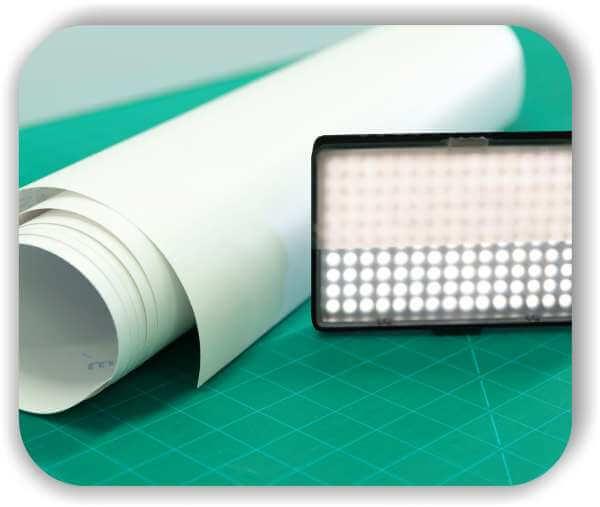 Diffusorfolie - 60% Lichtdurchlass - Rollenbreite 123 cm