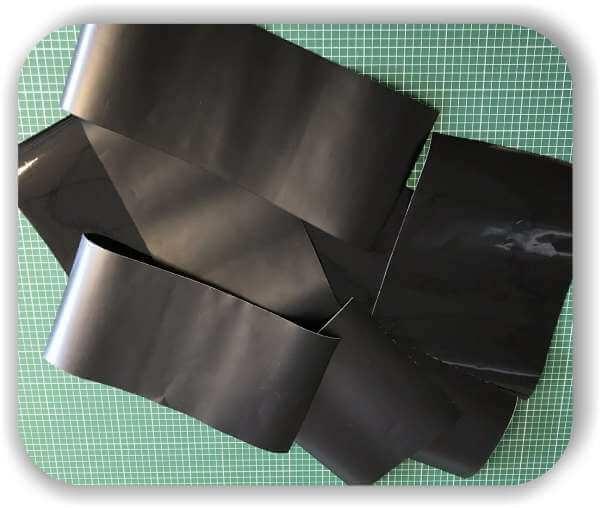 Folien Reste - 0,5 qm - Schwarz - Selbstklebefolien